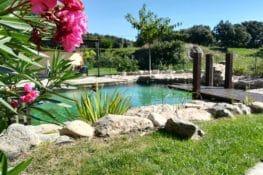 7 casas rurales con piscinas naturales